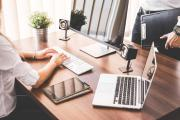 10 Free Modern Office Photos