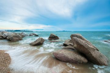 Landscape Photography Tutorial – Seascape Shooting Tips to Die For