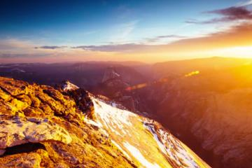 A 10-Month Timelapse Photography Adventure Through Yosemite