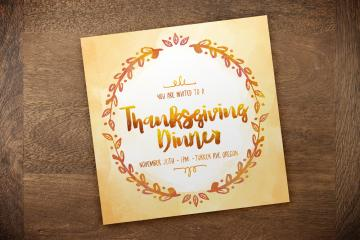 Create a Colorful Thanksgiving Dinner Invitation